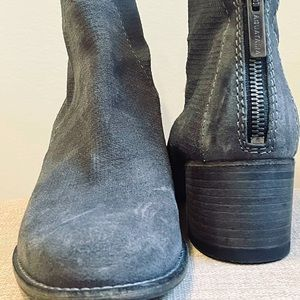 AQUATALIA SUEDE LEATHER GRAY ANKLE BOOTIES SIZE 7